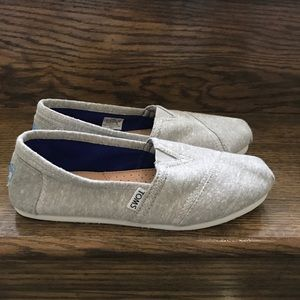 Women's Toms Light Grey Classic Slip On Shoes Sz 7